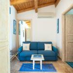 bed-and-breakfast-villa-flumini-camera-blu-divano-letto
