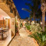 bed-and-breakfast-villa-flumini-veranda-patio-notturna